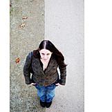 Vogelperspektive, Junge Frau, 18-30 Jahre