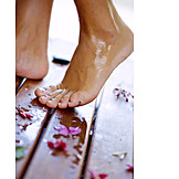 Wet, Body care, Barefoot, Foot