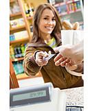 Einkauf & Shopping, Einkaufen, Bezahlen, Kreditkarte