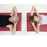 Aktiver Senior, Gymnastik, Sportlerin, Sit-up