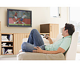Young man, Leisure & entertainment, Watching tv