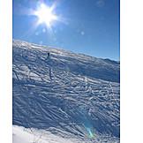 Sun, Skiers, Ski slope