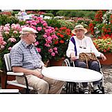 Senior, Pflege & Fürsorge, Ausruhen, Rollstuhlfahrerin