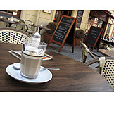 Cafe, Latte macchiato
