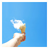 Ice cream cone, Steaming, Hold high