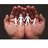 Pflege & Fürsorge, Familie