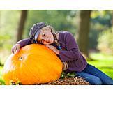 Girl, Squash, Thanksgiving, Pumpkin Harvest