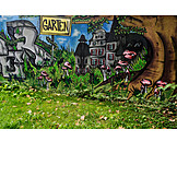 Garden, Graffiti
