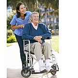 Senior, Altenpflegerin, Pflegeberuf