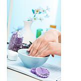 Beauty & Cosmetics, Manicure