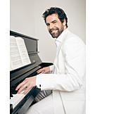 Man, Piano, Pianist