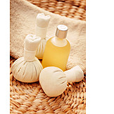 Wellness & relax, Herbal massage, Massage oil
