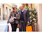Senior, Senior, Purchase & Shopping, Pedestrian Zone, Couple, Shopping Bags, Shoppingtour, 50+