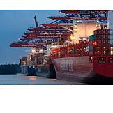 Handel, Containerschiff, Burchardkai