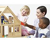 Spielen & Hobby, Kindergarten, Erzieherin