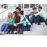 Jugendliche, Schüler, Freunde, Smartphone