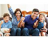 Leisure & Entertainment, Watching Tv, Family, Cheering