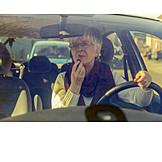 Gefahr & Risiko, Autofahrerin