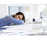 Junge Frau, Arbeit, Erschöpft, Stress & Belastung