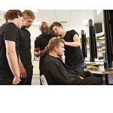 Friseur, Haarschnitt, Auszubildender