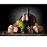 Genuss & Konsum, Spezialität, Rotwein, Schinken, Delikatessen