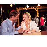 Nachtleben, Bar, Flirten