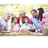 Familie, Picknick, Großeltern