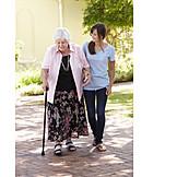 Großmutter, Seniorin, Pflege & Fürsorge, Altenpflegerin