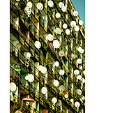 Satellitenschüssel, Mietwohnung, Sozialbau