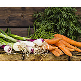 Carrots, Spring onion, Vegetable harvest