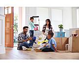 Familie, Wohnung, Einzug