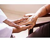 Pflege & Fürsorge, Fürsorge, Altenheim, Altenpflege