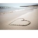 Strand, Herz, Fernweh