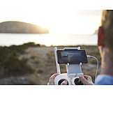 Remote control, Bee, Filming, Movie camera