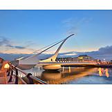 Bridge, Dublin, Samuel beckett bridge
