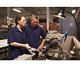 Maschinenbau, Auszubildende, Fräse