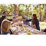Picknick, Anstoßen, Zusammenkunft
