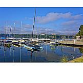 Harbour, Tata, Old lake