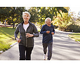 Aktiver Senior, Fit, Joggen, Seniorenpaar