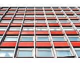 Mehrfamilienhaus, Mietwohnung, Plattenbau, Sozialbau