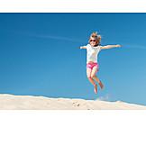 Kind, Mädchen, Sommer, Springen, Lebensfreude