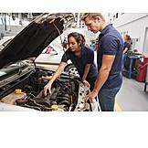 Woman, Education, Apprentice, Car Mechanic