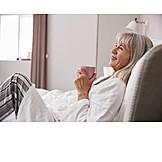 Seniorin, Morgens, Morgenkaffee