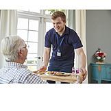 Senior, Essen, Bringdienst, Häusliche Betreuung