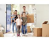 Familie, Eigenheim, Umzugskiste, Neues Zuhause