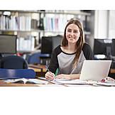Bildung, Bibliothek, Studieren, Hochschule, Studentin
