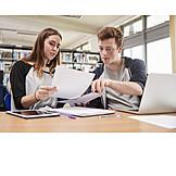 Zusammenarbeit, Lernen, Schüler, Bibliothek