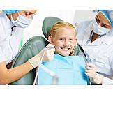 Zahnbehandlung, Patientin, Kinderzahnarzt