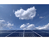 Solarstrom, Photovoltaikanlage, Solarfeld