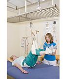 Krankengymnastik, Physiotherapie, Rückenbeschwerden, Schlingentisch